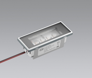Linear LED luminaire for cooker hoods